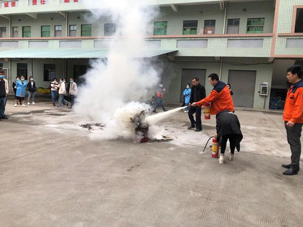 轩业连接器消防演习