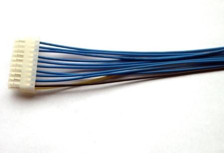 电子定制线束加工技术需注意的要点「轩业」