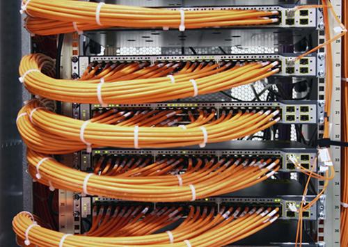 连接器的主要功能及设计内容